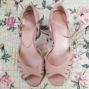 🌹SALE🌹NWT Ann Taylor Loft Leather Upper Shoes